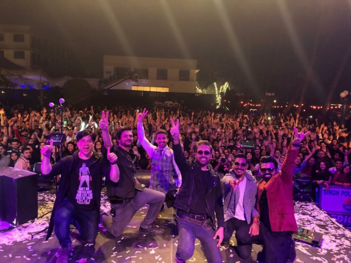 Strings - The Best Live Act In The Country - Won Karachi Last Night